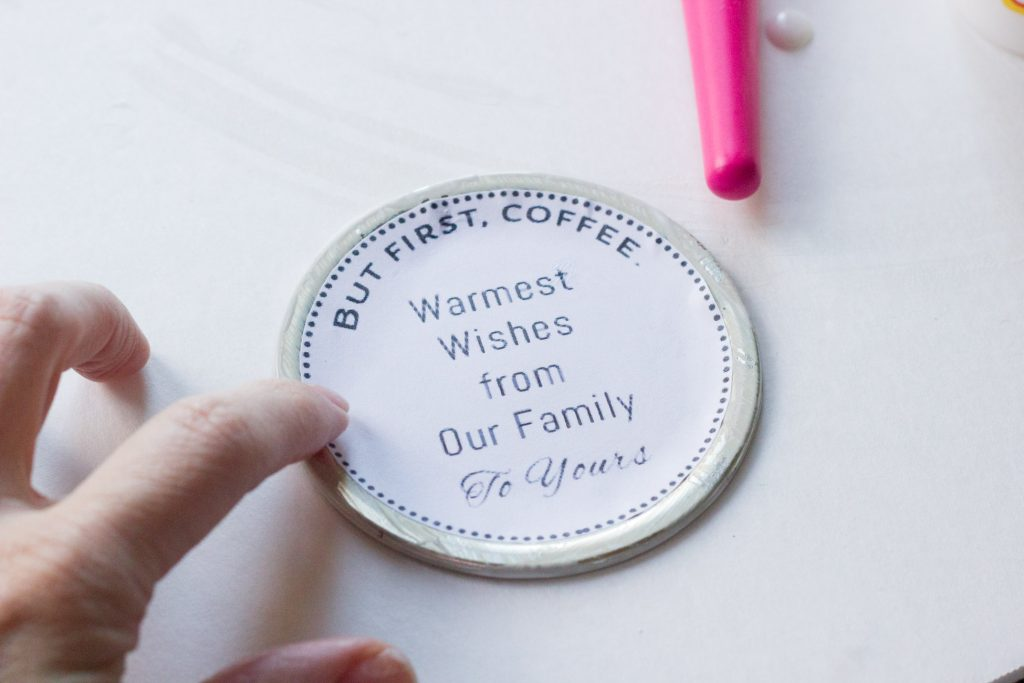 Check out this 30 minute gift idea for the coffee lover on your list! Loving this cute jar and how easy it is to put together using Mod Podge products. And there's a free printable label included!