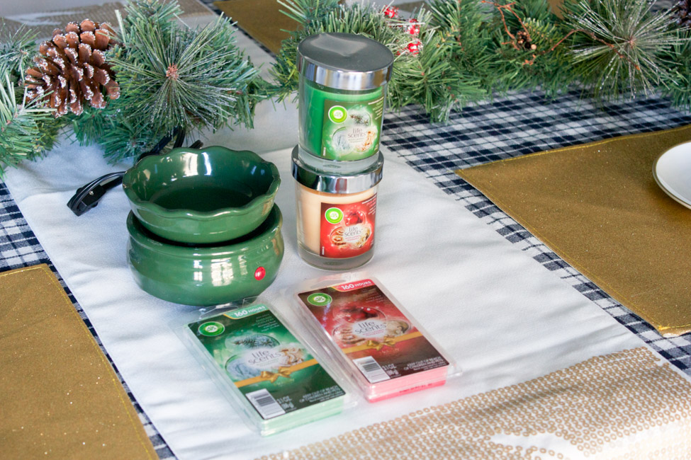 Holiday decorating tips -- plus enter to win an Air Wick candle prize pack!