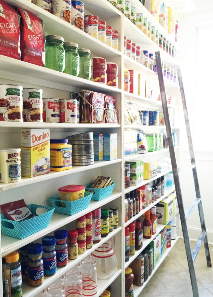 The Chelsea Project Pantry Makeover, featured at DIY Like a Boss.