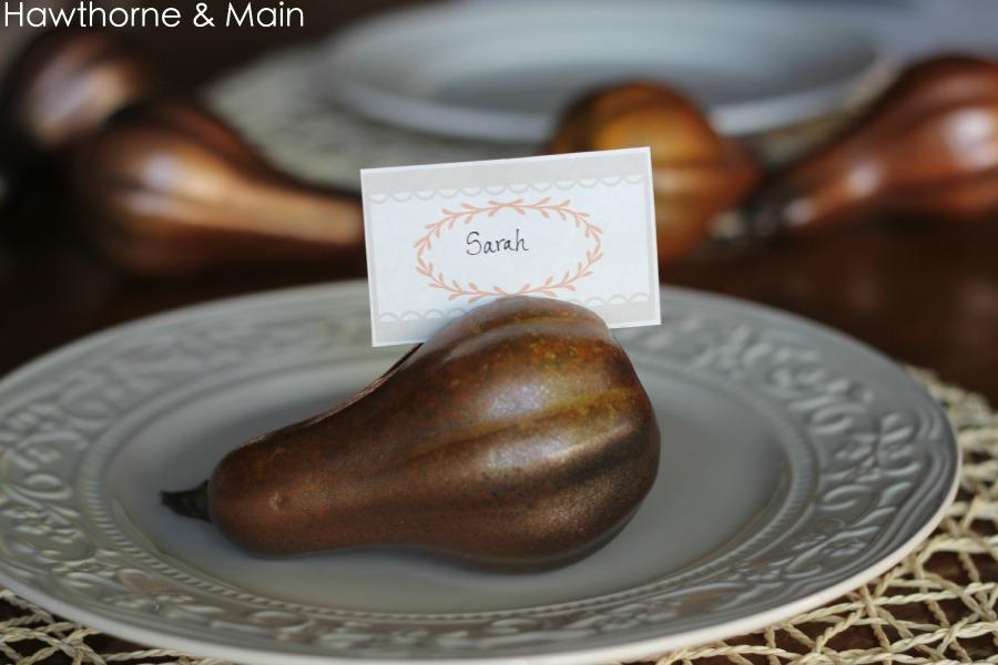 DIY Metallic Thanksgiving Place Card Holder - Thanksgiving Craft
