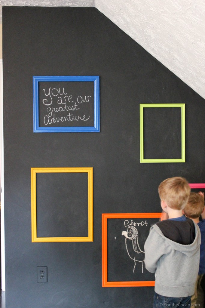 boys-chalkboard-gallery-wall-3