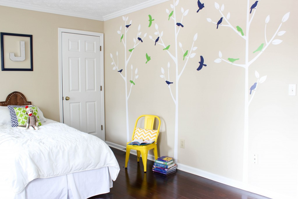 Boys' Bedroom with Bird Tree Wall Decals from Lulukuku