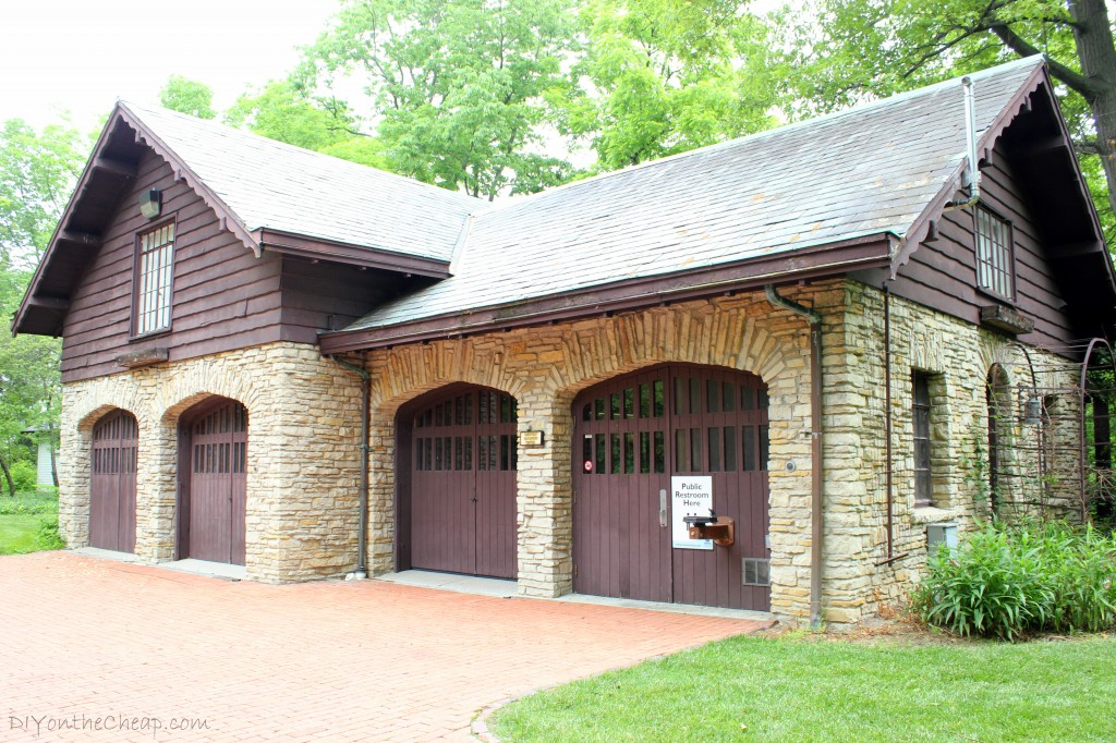 Oakhurst Carriage House, Muncie, Indiana