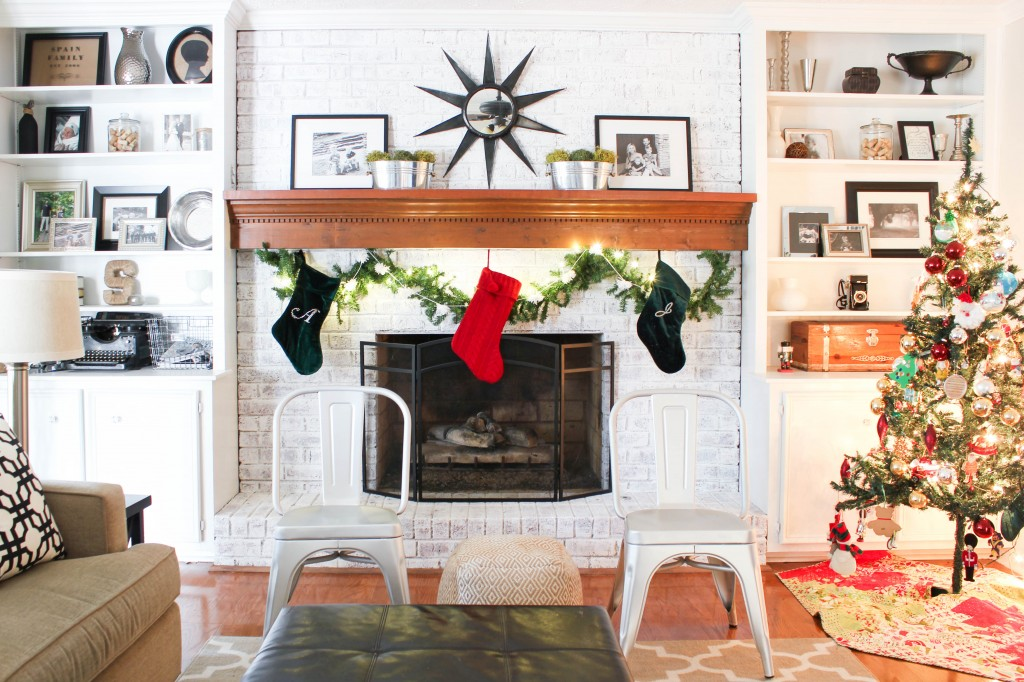 Christmas Home Tour at DIY on the Cheap.