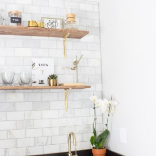 This is SO helpful! Tips and tricks for installing marble subway tile. Save this post if you ever plan on doing this!