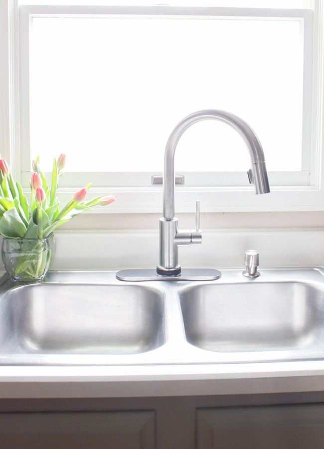 New Delta Trinsic Faucet for the Kitchen