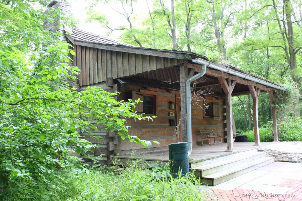 Discovery Cabin at Oakhurst in Muncie, Indiana