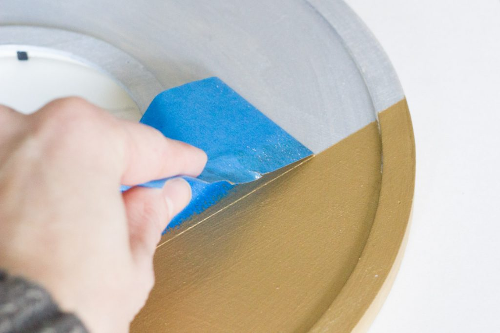 I'm in love with this paint! Find out how to make your own DIY painted picture frames using FolkArt® Brushed Metal! It provides a beautiful matte metallic finish.
