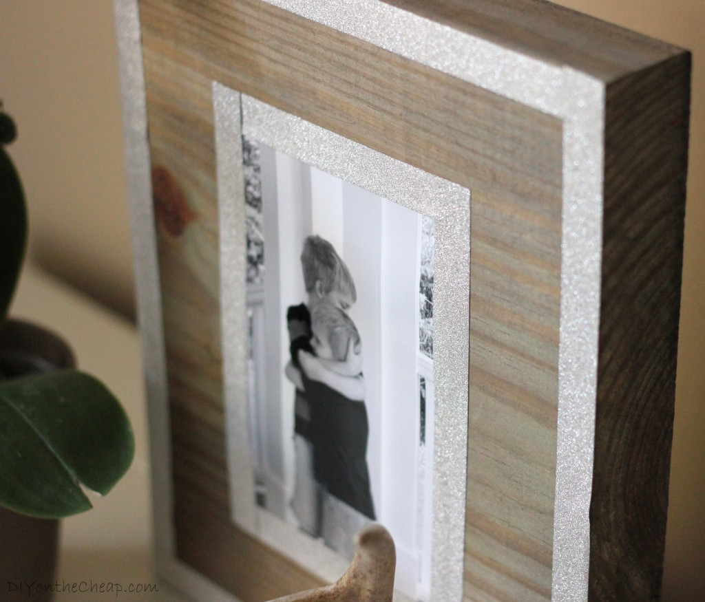 How to make a DIY Weathered Wood Photo Frame + a fun giveaway!