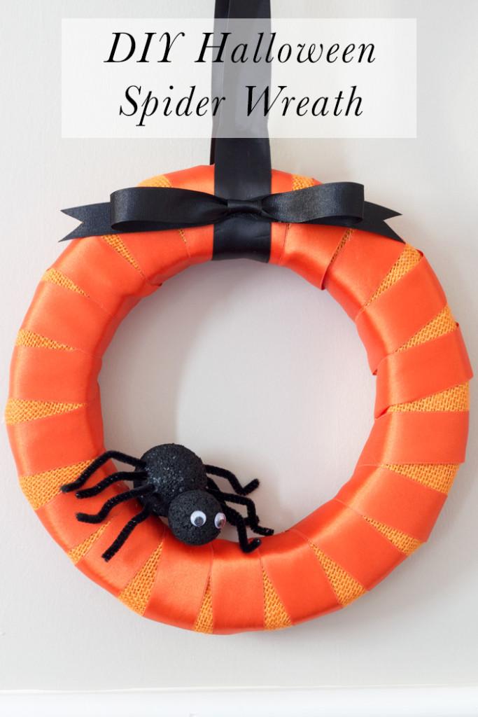 DIY Halloween Spider Wreath Tutorial