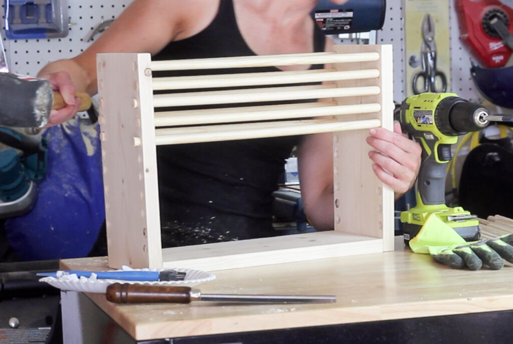 Learn how to make a DIY magazine holder! This step by step tutorial will show you how. This is a great beginner woodworking project!