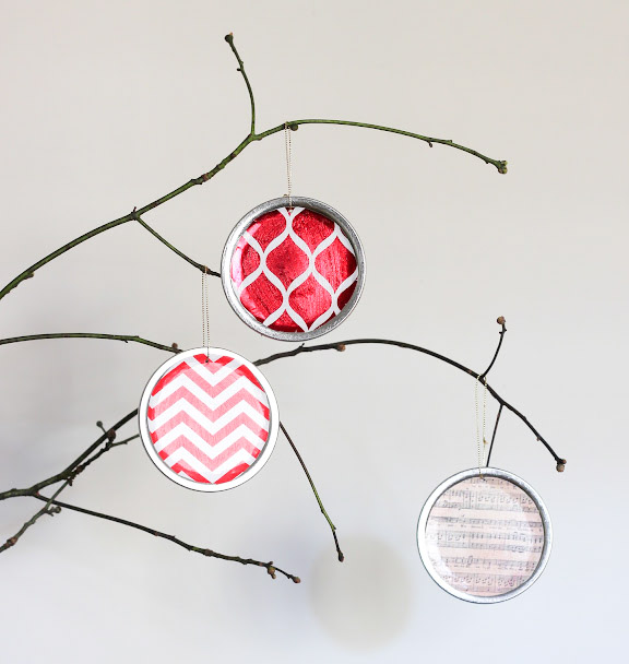 These DIY Mason Jar Lid Ornaments are SO easy and inexpensive to make! Plus, you can customize them however you want. I'll definitely be making lots of these for the holidays!