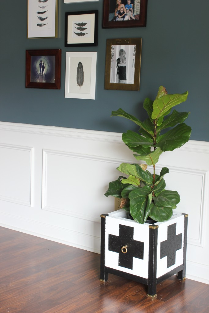 diy-swiss-cross-paver-planter-9