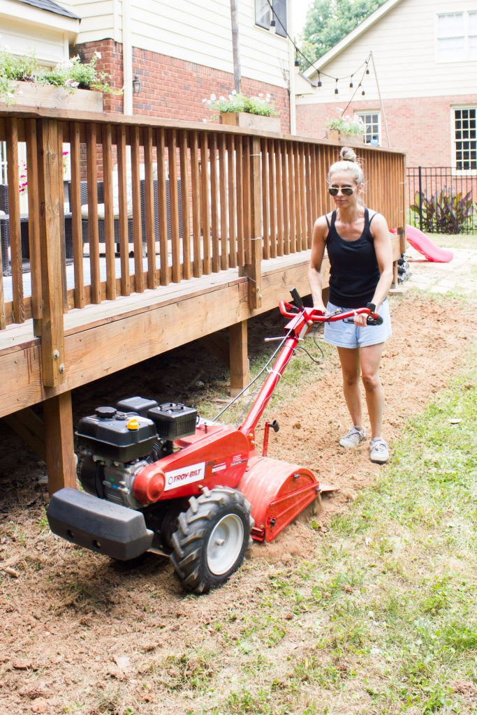 Check out the before and after from this Troy-Bilt #FlipTheYard challenge via ErinSpain.com!
