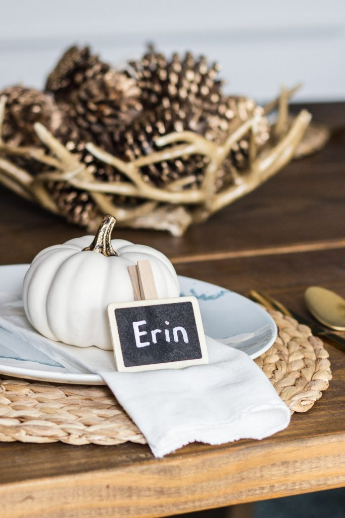 Loving this fall tablescape!