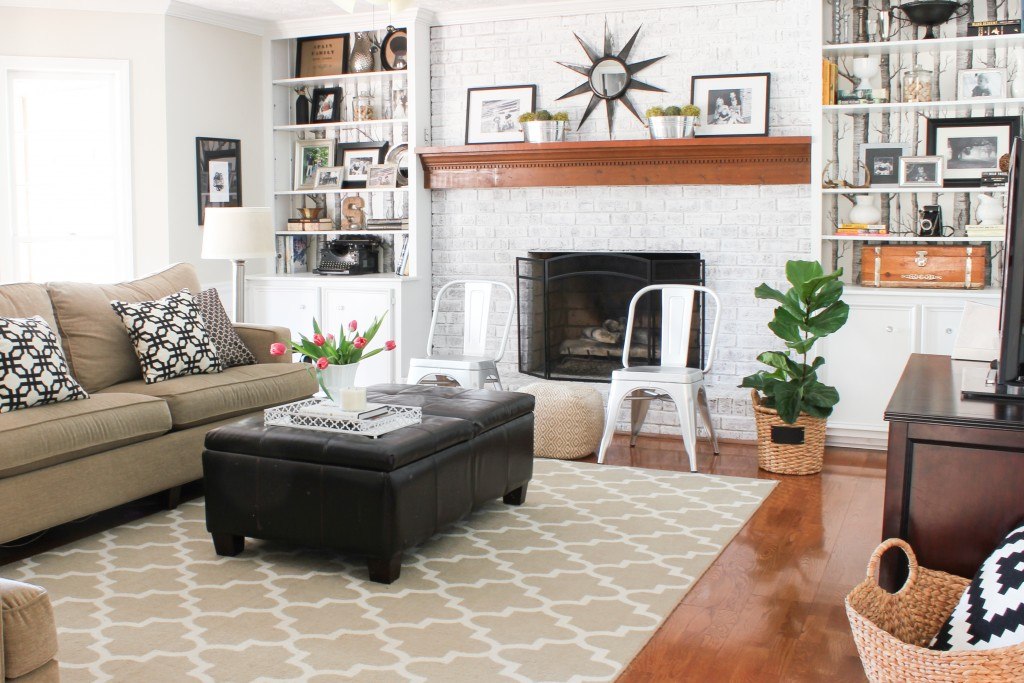 Spring Home Tour at DIY on the Cheap: Family Room