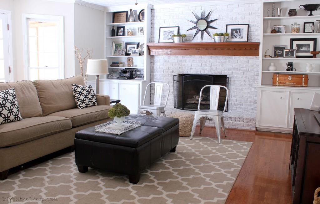 Neutral Family Room Decor