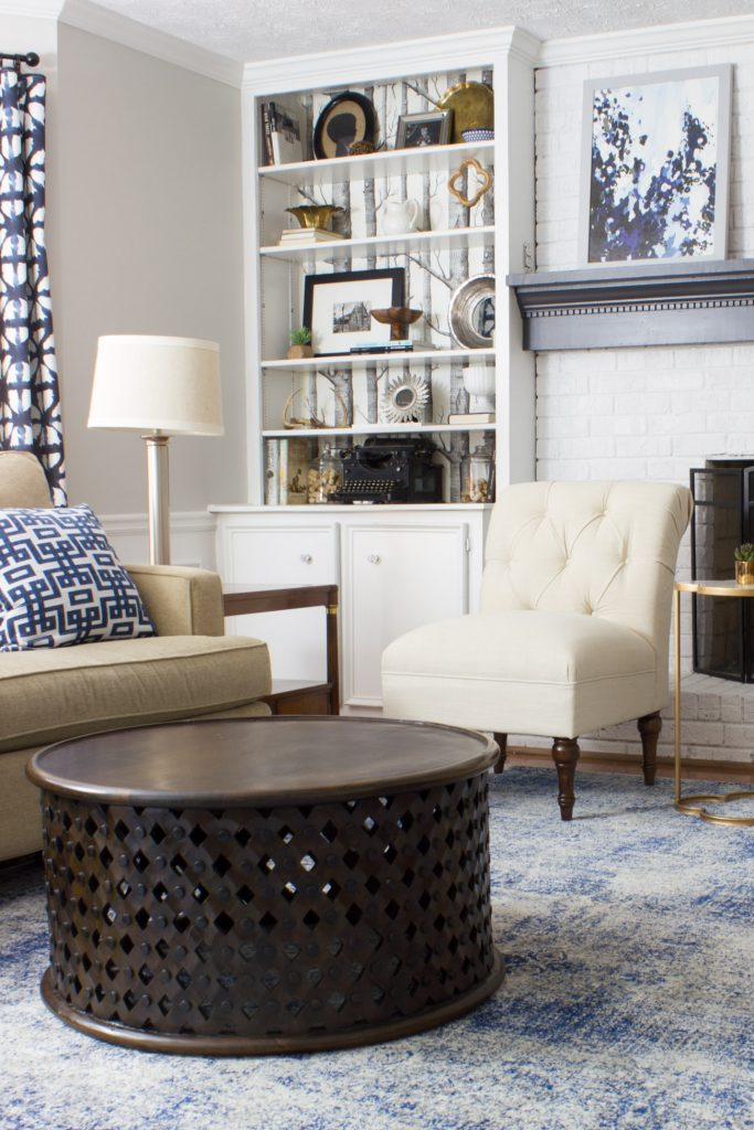 Loving this family room makeover in shades of blue and indigo!