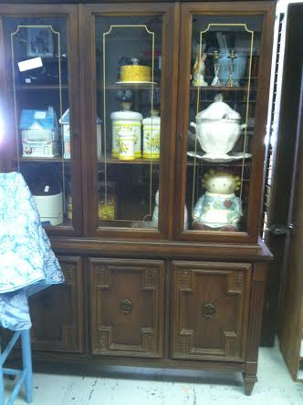 Flea market hutch