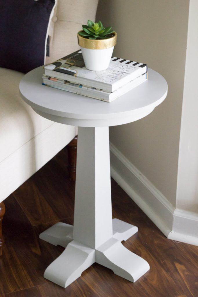 Loving this side table makeover with FolkArt Home Decor Chalk! This paint is perfect for a distressed look, but you can go more modern with it too. Very versatile!