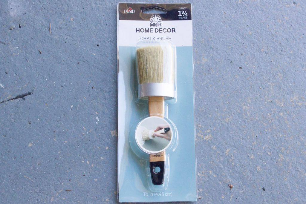 Loving this FolkArt Home Decor Chalk Brush for DIY projects!