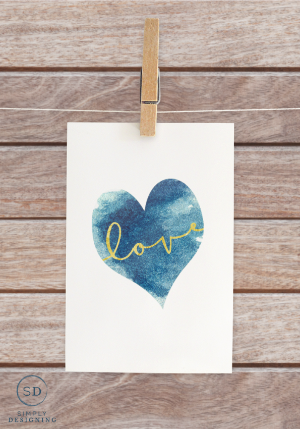 """Free """"Love"""" Printable, featured at #DIYLikeaBoss."""