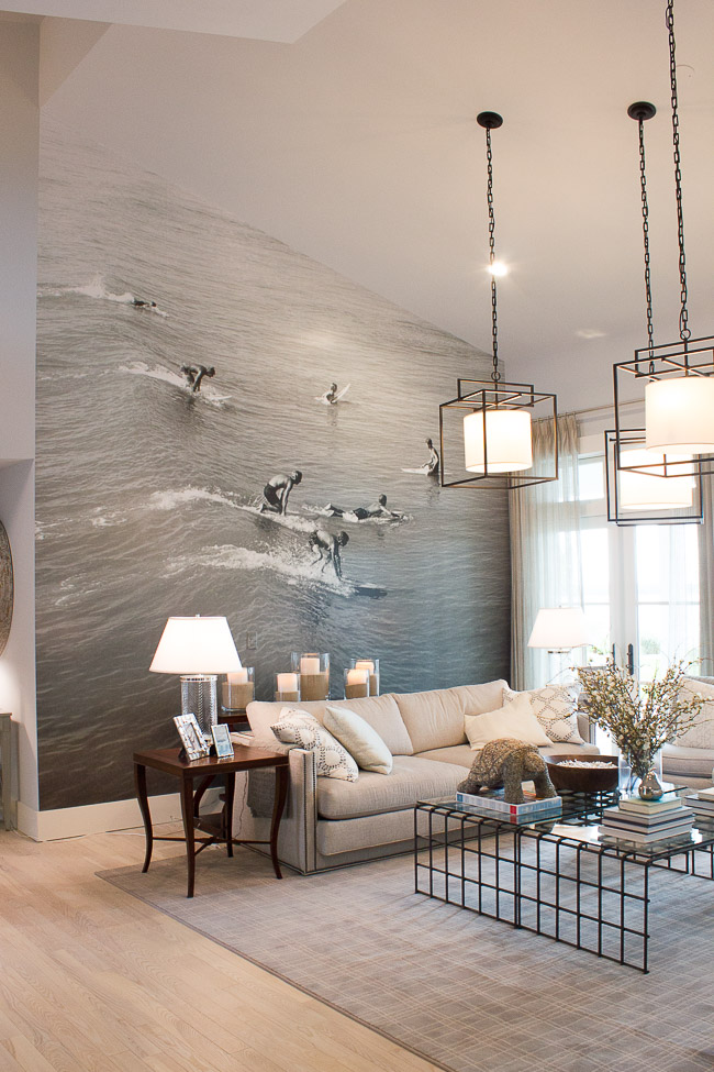 2016 HGTV Dream Home - Living Room Photo Feature Wall