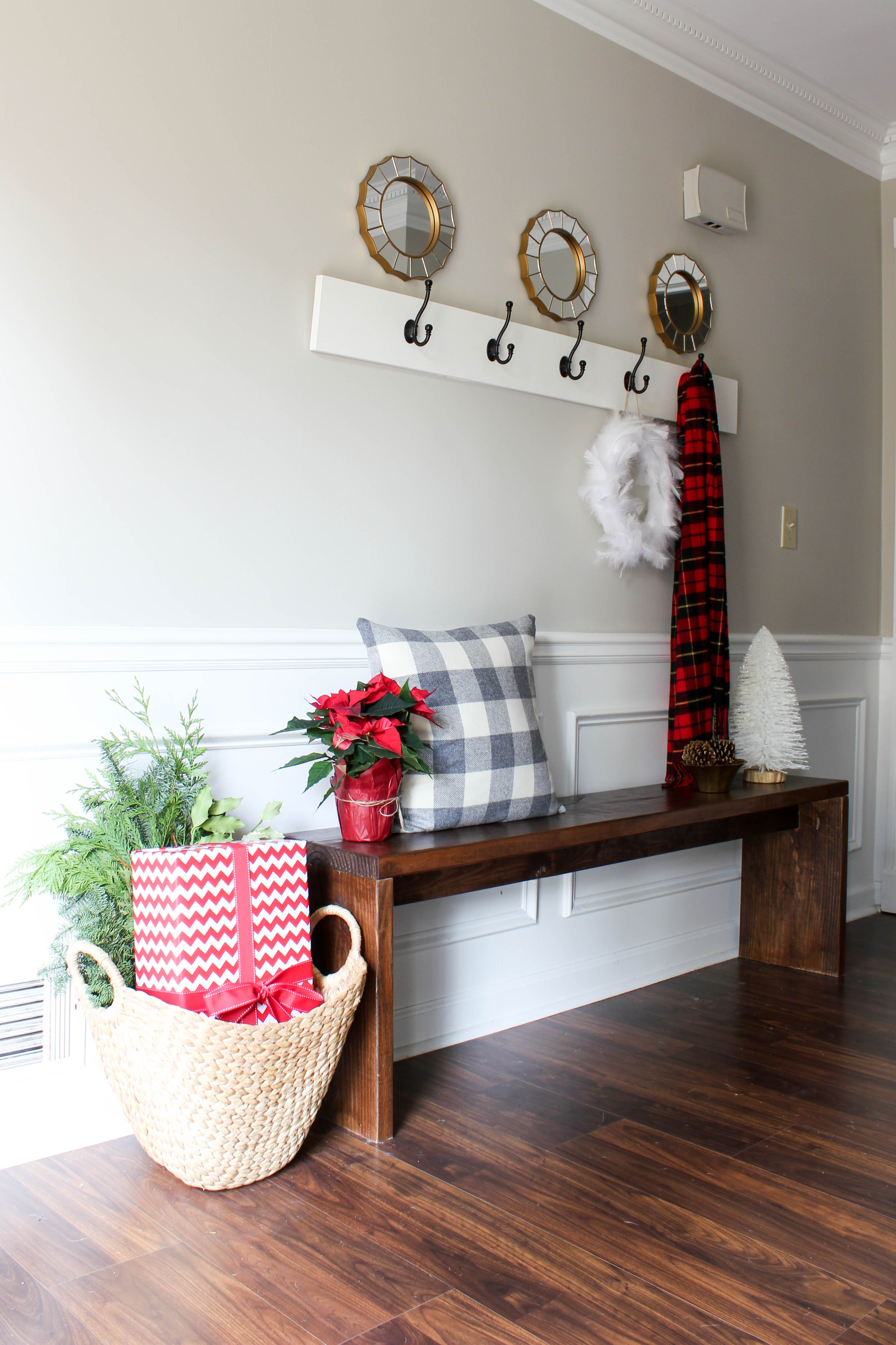 Christmas Decorating Ideas For Entry Table : Christmas home tour erin spain