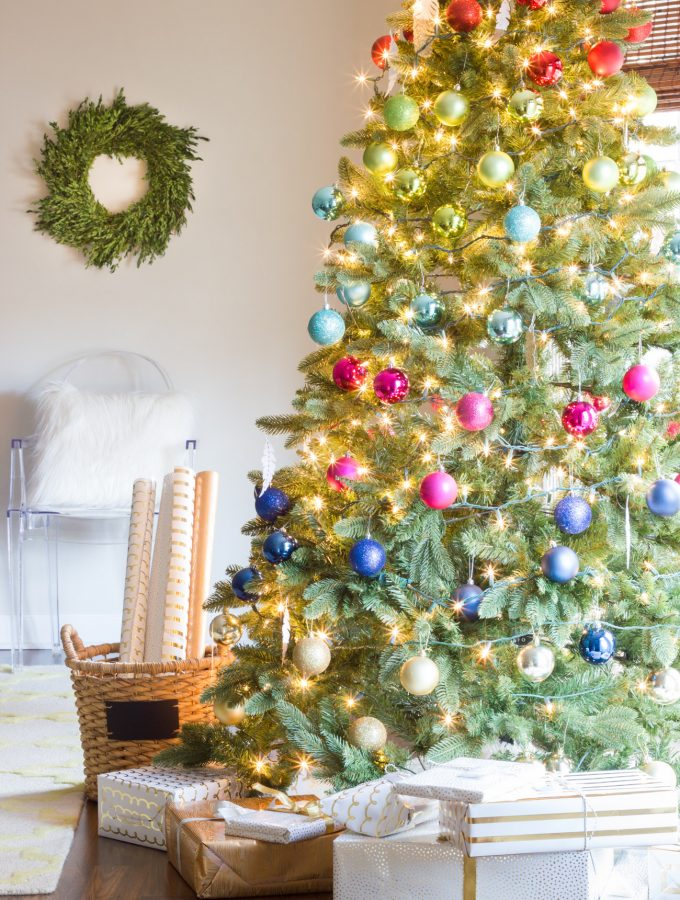 Holiday Home Tour {Part 2}: Colorful Christmas Decorations