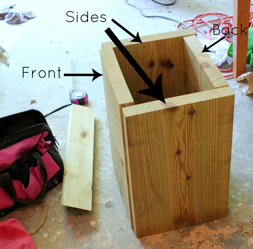 How to Build a Wood Planter {Tutorial via DIYontheCheap.com}