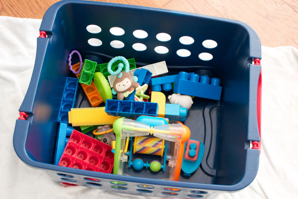 How to Clean & Sanitize Toys and Baby Gear Without Chemicals
