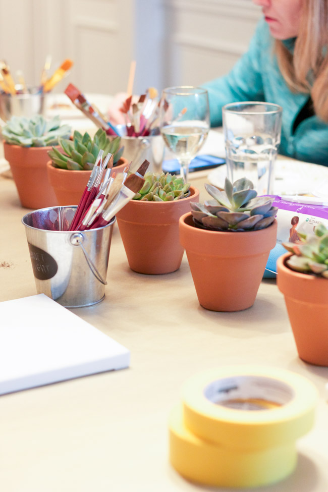 5 Tips for Hosting the Perfect Craft Night