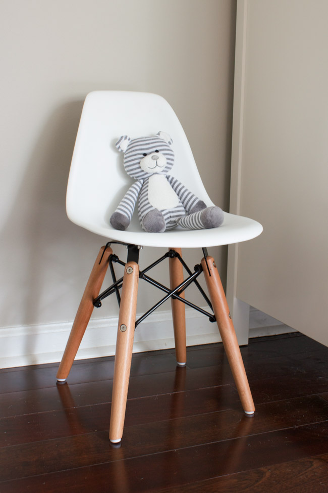 Kid's Eames Style Chair