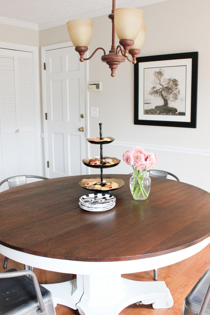 Two-Toned Antique Pedestal Table Makeover