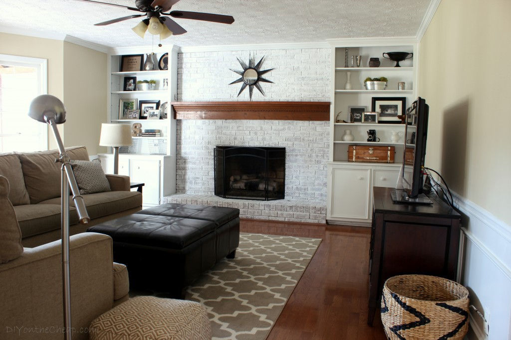 neutral-family-room