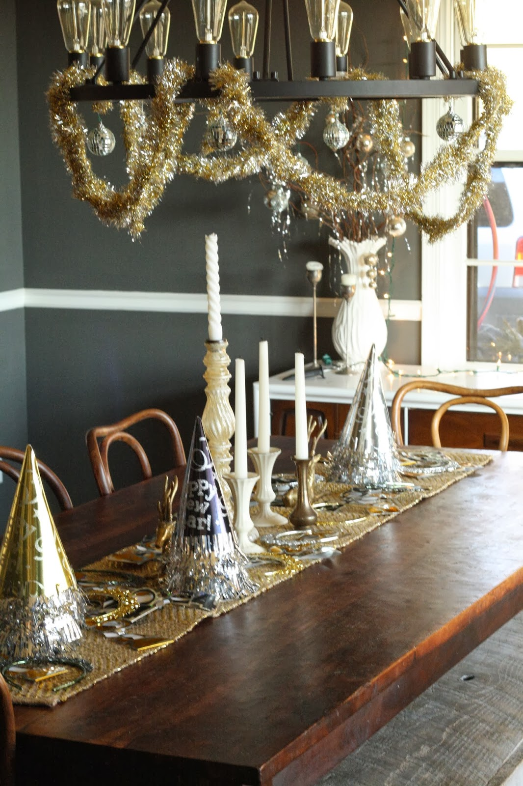 DIY New Year's Eve Decorations - Rent.com Blog