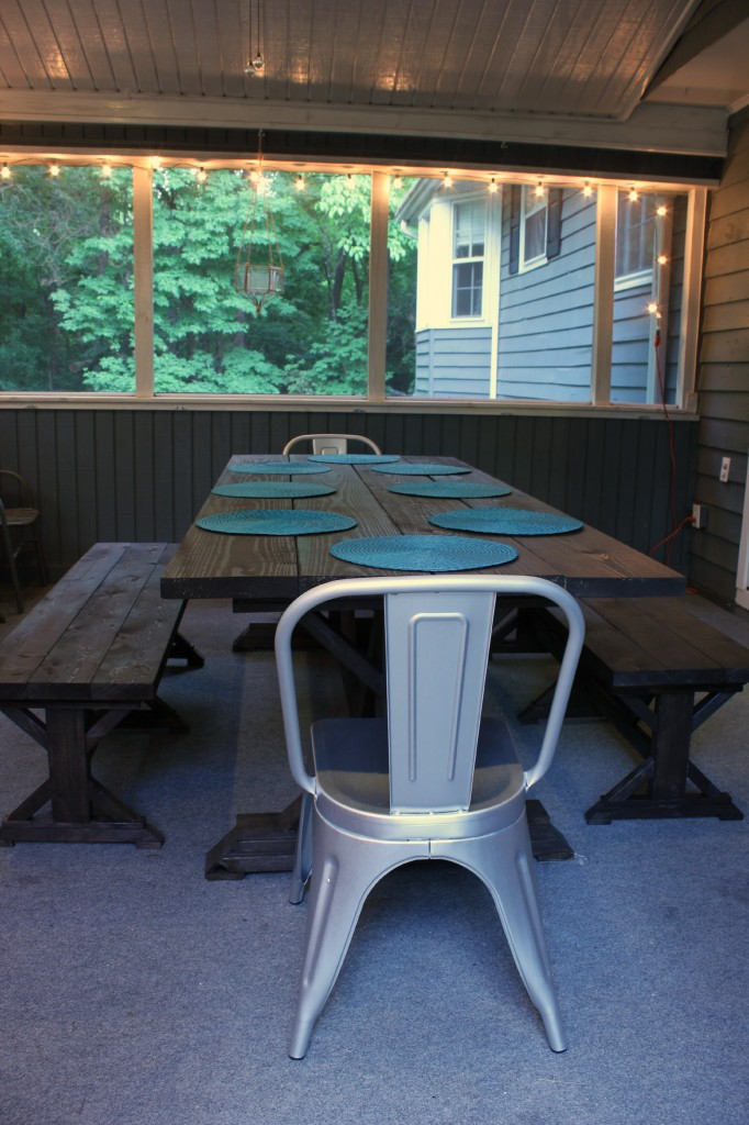 DIY Outdoor Farmhouse Table and Benches