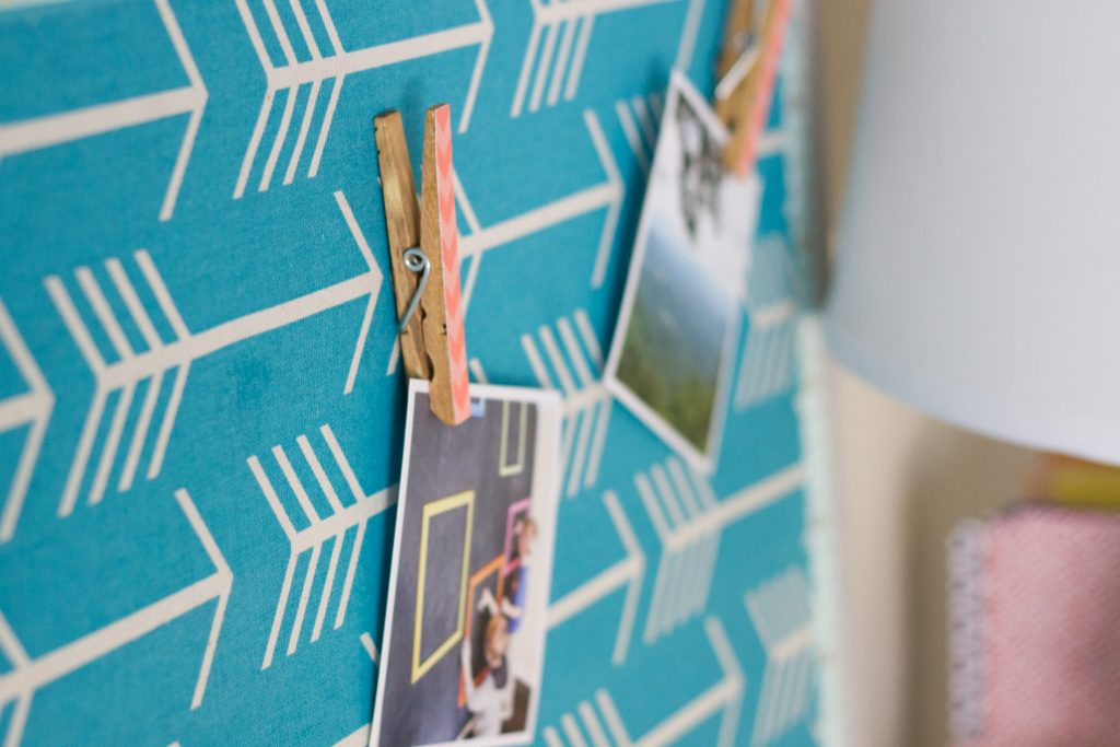 Make this Mod Podge Fabric Bulletin Board (and cute DIY thumb tacks)! It's the perfect classroom gift for your favorite teacher.