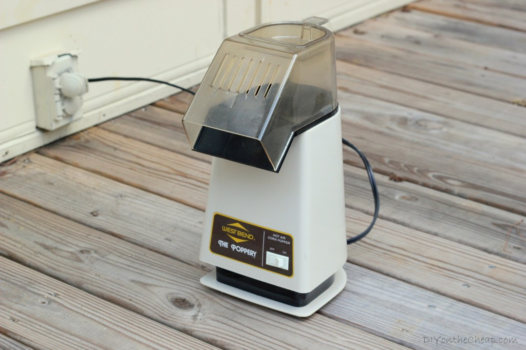 Use an old school popcorn machine to roast your own coffee beans!