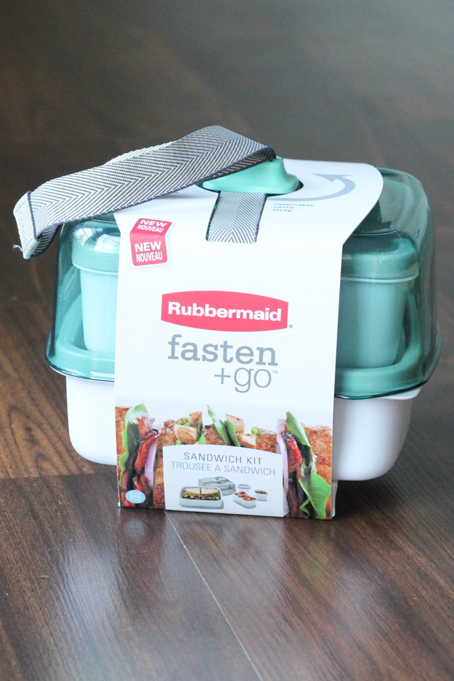 Rubbermaid® fasten + go kits make the perfect craft storage containers! They even come with a cute strap so you can tote them around. #FastenNGo #pmedia #ad
