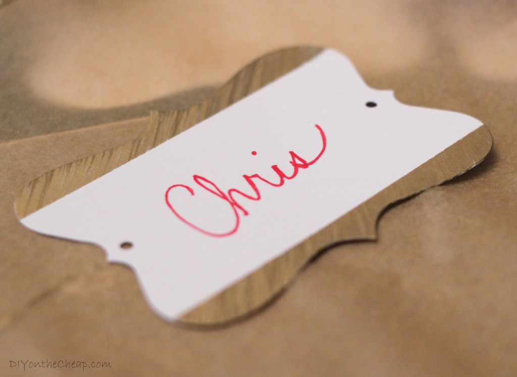 Make Holiday Place Cards with Sharpie Markers! #StaplesSharpie #pmedia
