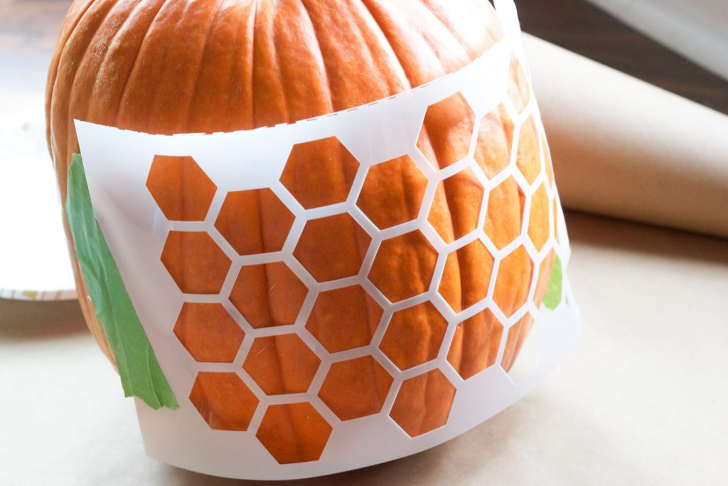 Looking for no carve pumpkin ideas for Halloween? Check out these modern stenciled pumpkins from ErinSpain.com!