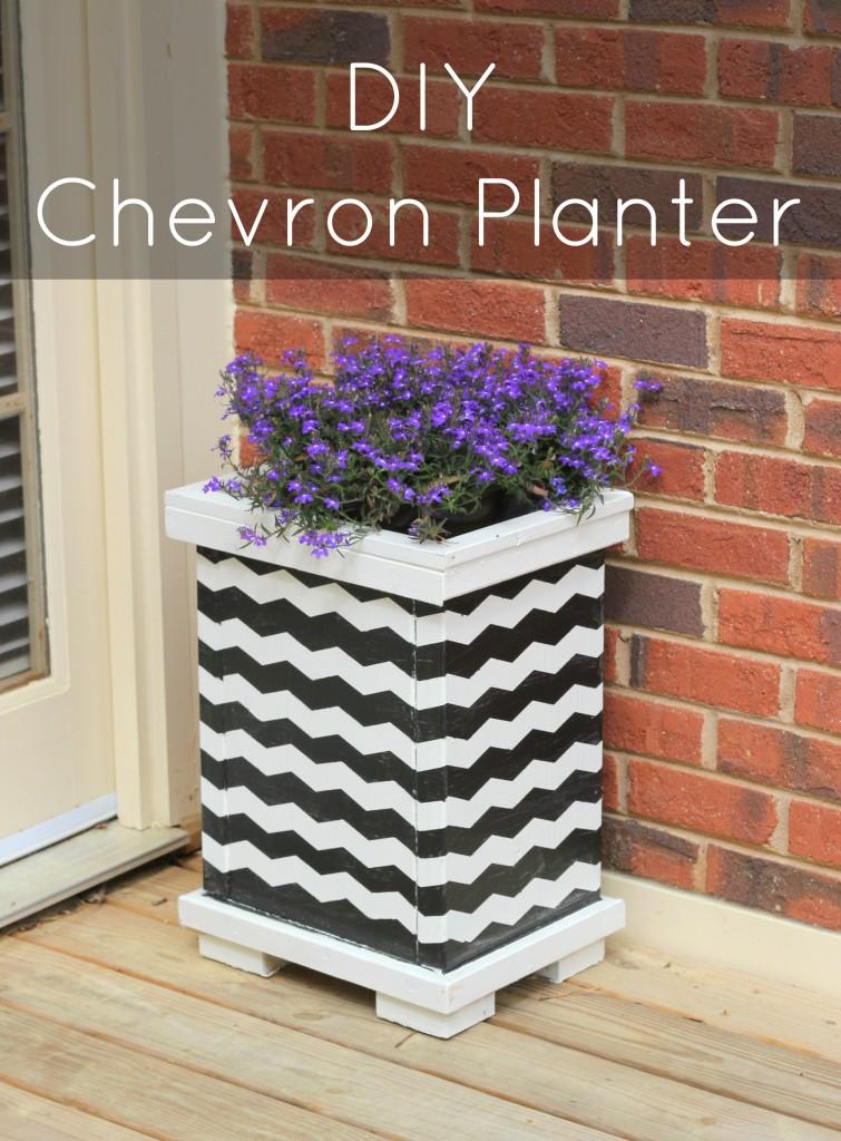 titled-chevron-planter