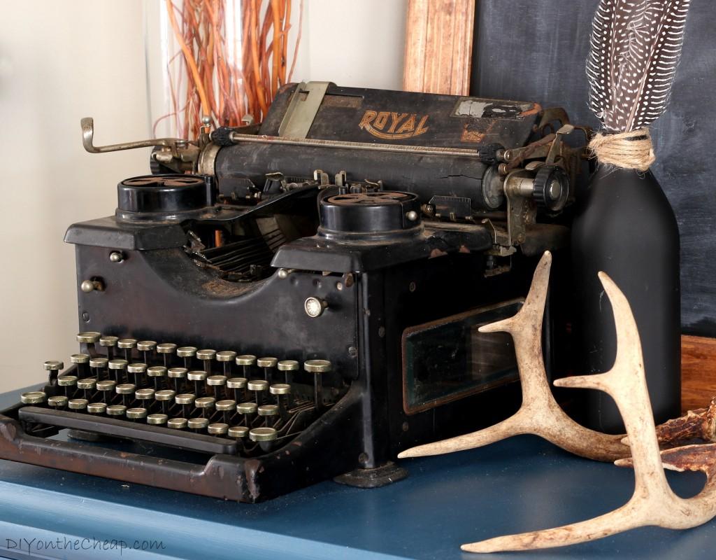 Antique Typewriter + Vignette